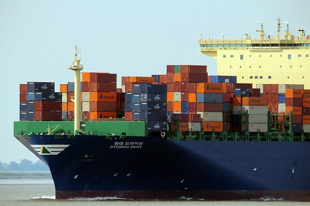Transport morski pełnokontenerowy